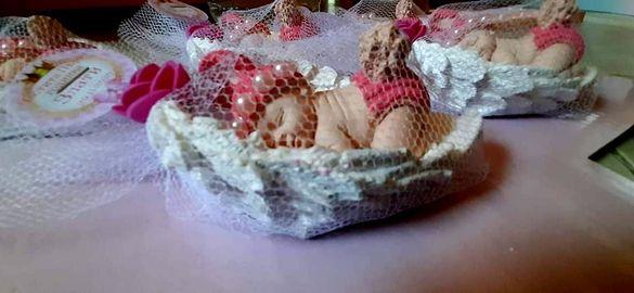 Подаръчета за гости Светото кръщение погача прощъпулник и др поводи