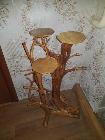Продам подставку под цветы деревянную.