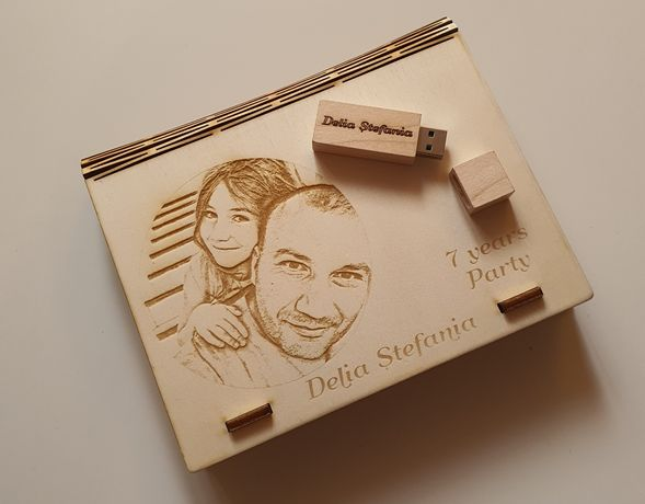 Cutie stick lemn personalizat