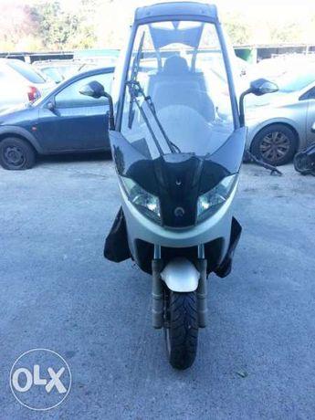 Мотоциклет,скутер Бенели Адива(Benelli )150- на части