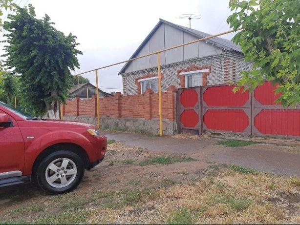 Продам дом в центре п. Денисовка