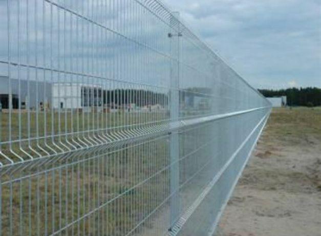 Gard din plasa bordurata