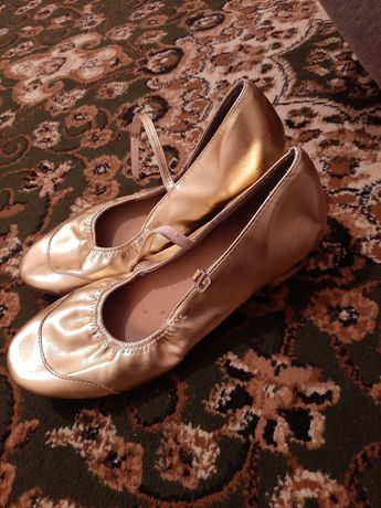 Продаю туфилки для танца
