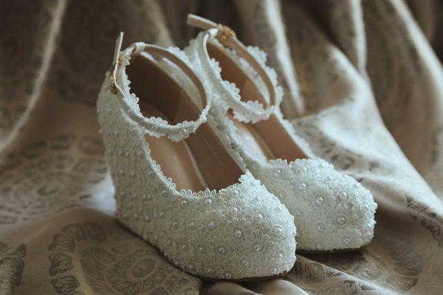 pantofi de mireasa cu platforma