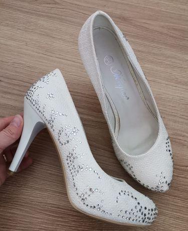 Бални/сватбени обувки 37 номер
