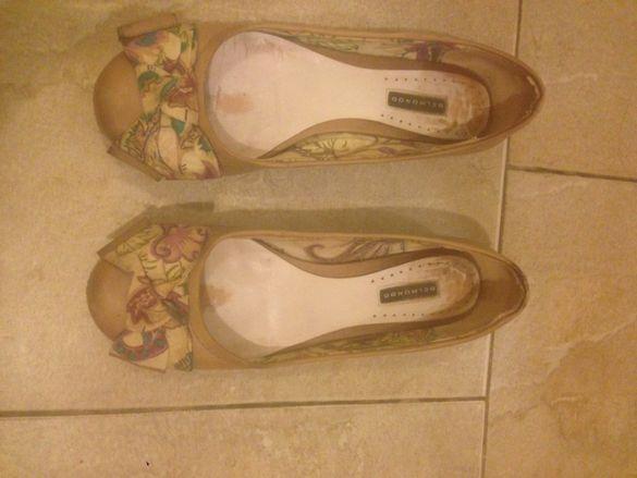 естествена кожа обувки