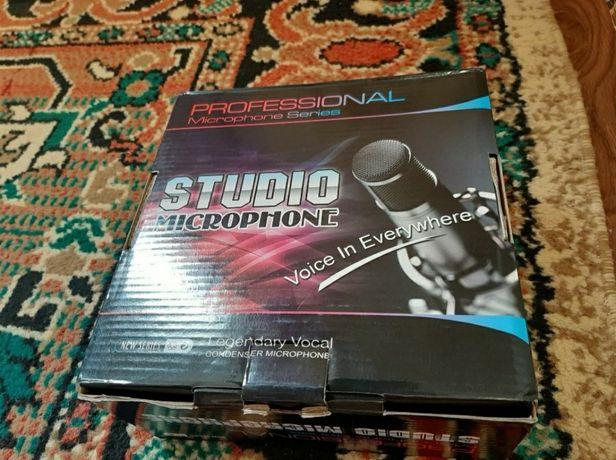 Продаю новый студийный микрофон bm800!