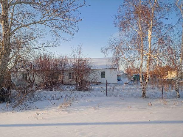 Продам дом,село Лозовое
