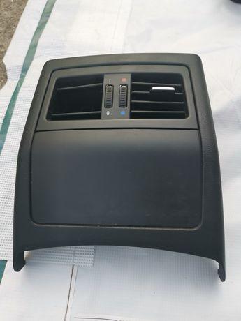 Пластмаса зад централна конзола бмв е90 е91 bmw e90 e91