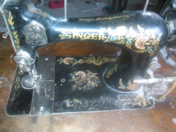Masina de cusut Singer Antica