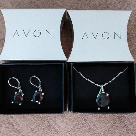 Красив комплект от Avon
