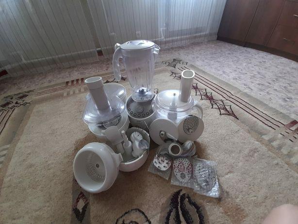 Кухонный комбайн