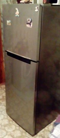 Доставка бесплатно. Холодильник инверторный SAMSUNG в отл состоянии