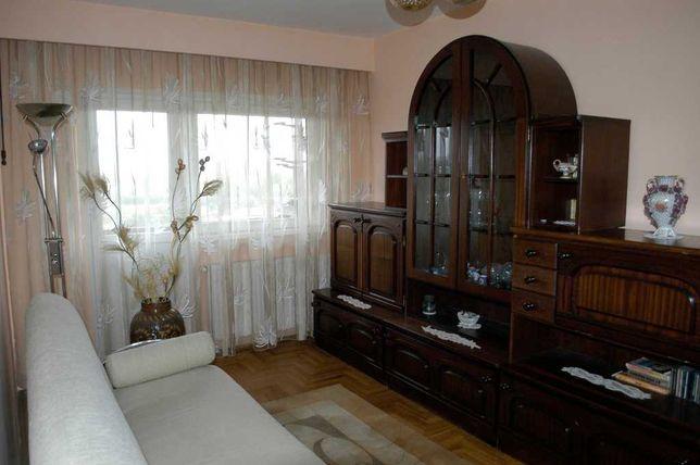Inchiriez apartament 4 camere/2 bai langa podul Golescu