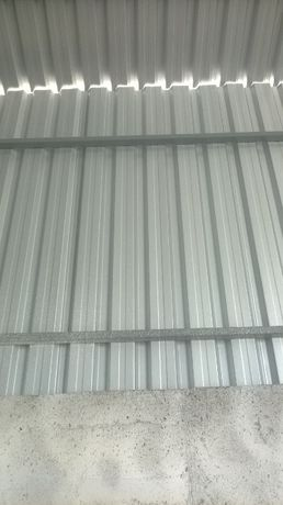 Tabla trapezoidala cutata pentru acoperis , perete si hale metalice T