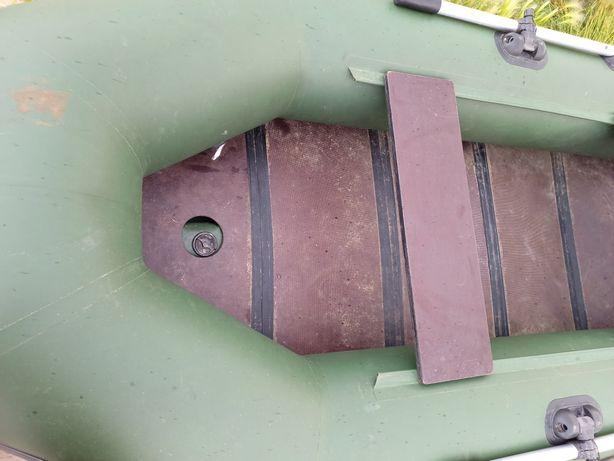 Лодка Аква 2800 ска скилем