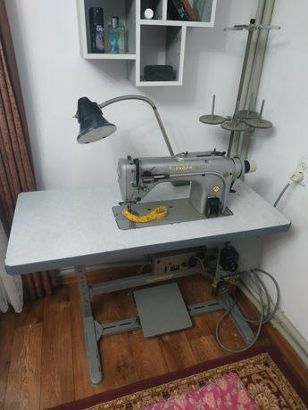 Швейная машинка Dürkopp 212