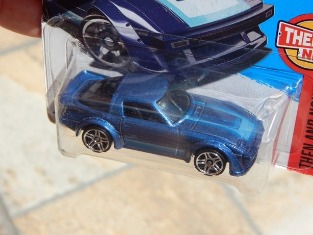Macheta Mazda RX-7 sigilata 1:64 Hot Wheels