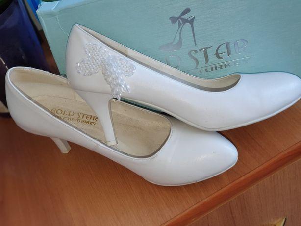 Свадебные туфли 39 размера