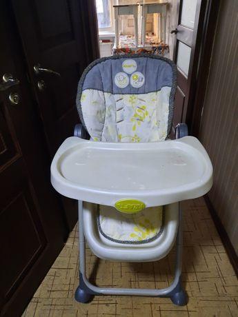 Продам стульчик для кормление