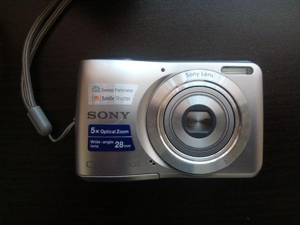 Продавам фотоапарат Сони 14мп
