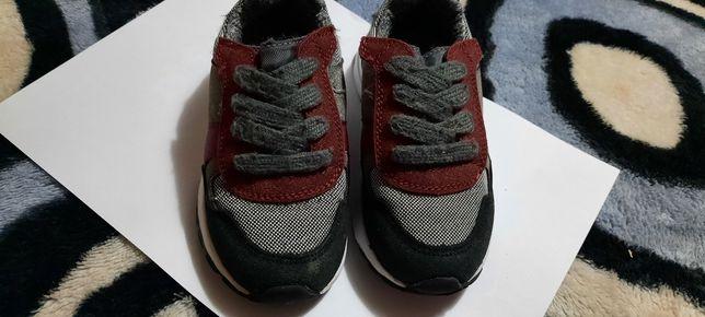 Adidasi tex,nr 26 pentru copii