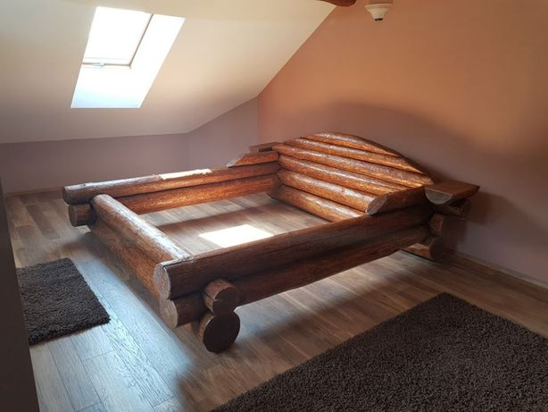 Pat din lemn masiv de brad