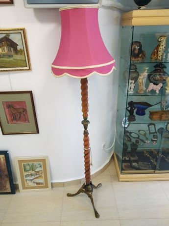 бароков лампион