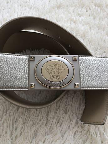 Колан и чанта Versace