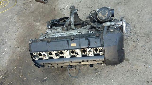 Двигатель бмв bmw 2,5 м54 52 ту 39