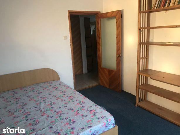 Apartament 2 camere decomandat, 55 mp, zona Podu Ros