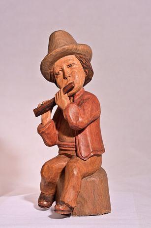 Vintage. Ciobanas statueta sculptata in lemn