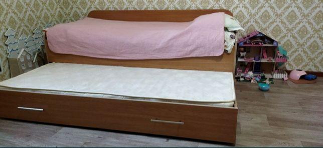 Срочно продам кровать двойную