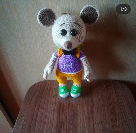 Продам вязаную игрушку