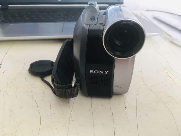 Видео камера Sony (сони)