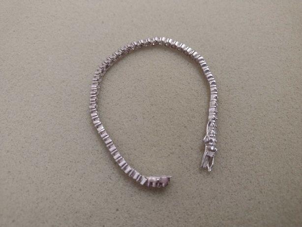 bratara din argint cu pietricele