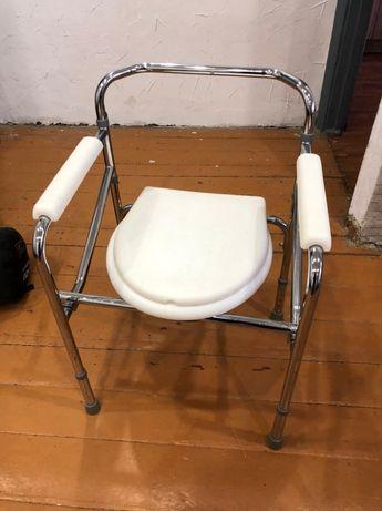 Продаётся стул с санитарным оснащением