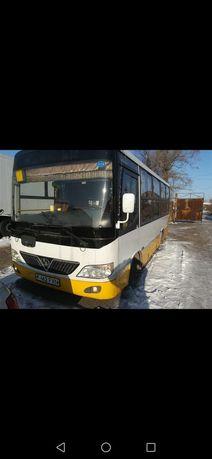 Продам автобус 2011 год