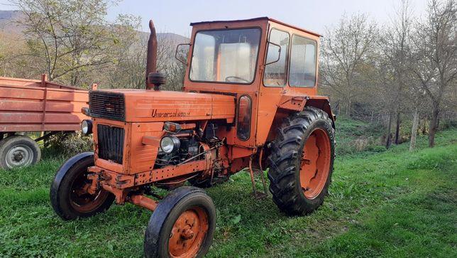 Tractor U 650 si utilaje