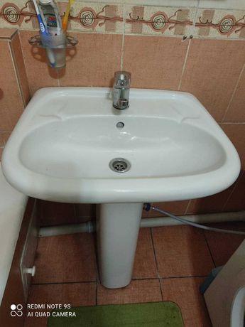 Продам раковину для туалета или ванной