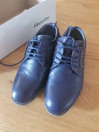 Vand pantofi piele mărimea 30