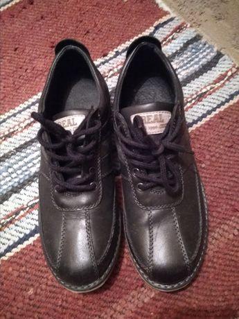 Обувки естествена кожа, стелка 26 см.