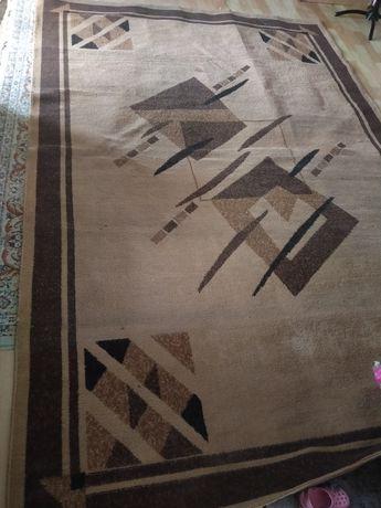 Продам хороший ковёр