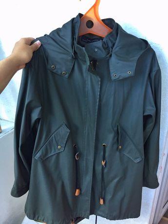 Срочно продаю пальто Bershka, плащ Zara , куртку 6000