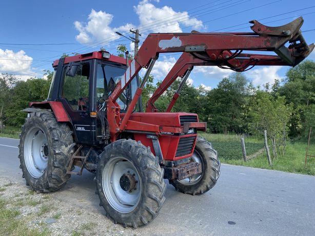 Tractor Case International 856 xl cu incarcator frontal 4 cilindrii