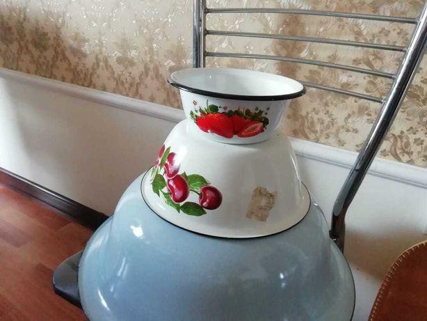 Небольшая посуда 2 шт по 1500 тенге и 1200 тенге