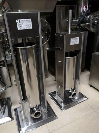 Пълначка за месо 7литра вертикална с 4 метални фунии