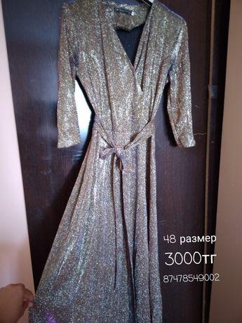 Красивое платье продам