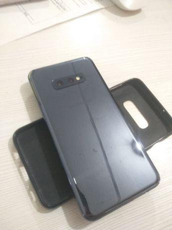 Смартфон Samsung  s10e в отличном состоянии, в рассрочку