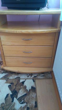 шкаф,секция от дърво